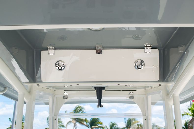 Thumbnail 31 for New 2020 Cobia 240 CC Center Console boat for sale in Fort Lauderdale, FL