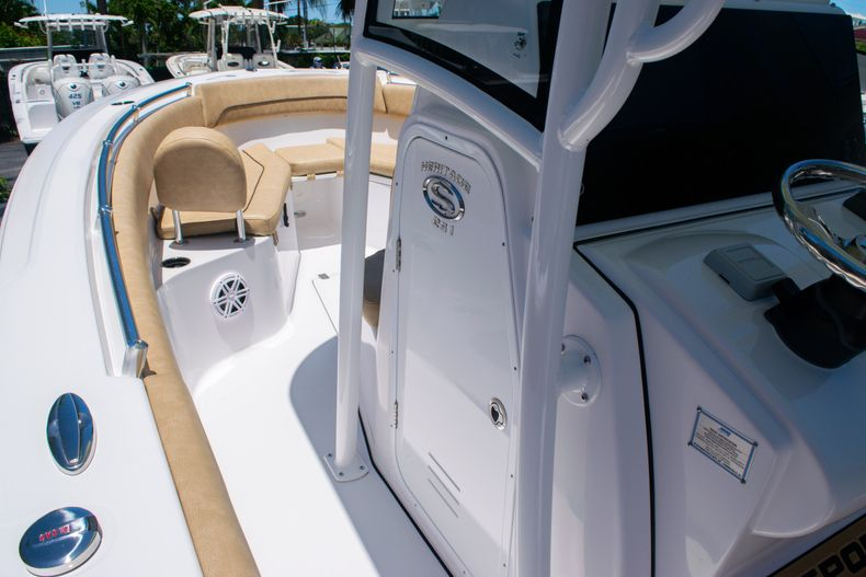 Thumbnail 28 for New 2020 Sportsman Heritage 251 Center Console boat for sale in West Palm Beach, FL