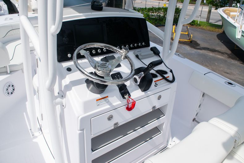 Thumbnail 26 for New 2020 Sportsman Heritage 211 Center Console boat for sale in West Palm Beach, FL