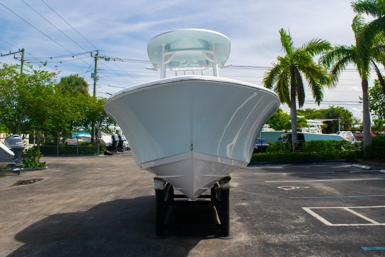 Thumbnail 2 for New 2020 Sportsman Heritage 211 Center Console boat for sale in West Palm Beach, FL