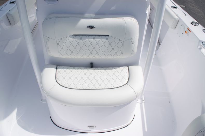 Thumbnail 39 for New 2020 Sportsman Heritage 211 Center Console boat for sale in West Palm Beach, FL
