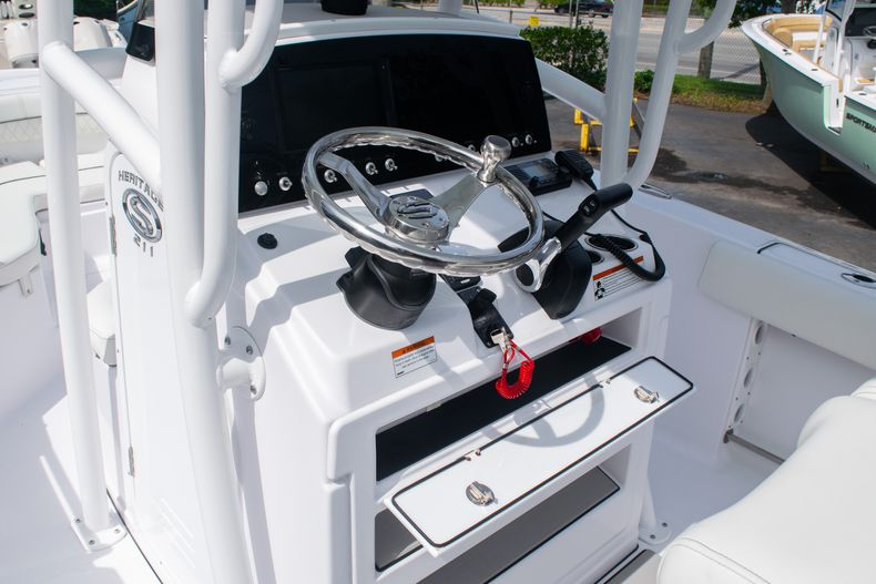 Thumbnail 27 for New 2020 Sportsman Heritage 211 Center Console boat for sale in West Palm Beach, FL