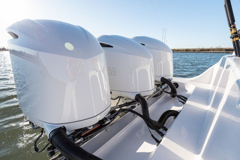 Thumbnail 8 for New 2021 Sportsman Open 352 Center Console boat for sale in West Palm Beach, FL