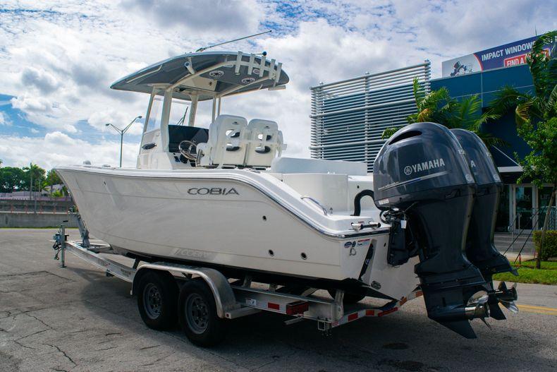 Thumbnail 5 for New 2020 Cobia 262 CC Center Console boat for sale in Miami, FL