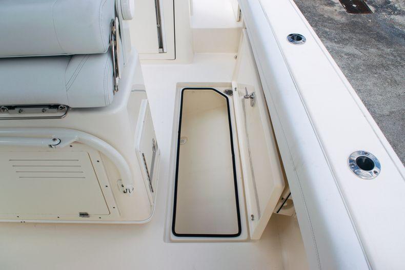 Thumbnail 15 for New 2020 Cobia 262 CC Center Console boat for sale in Miami, FL