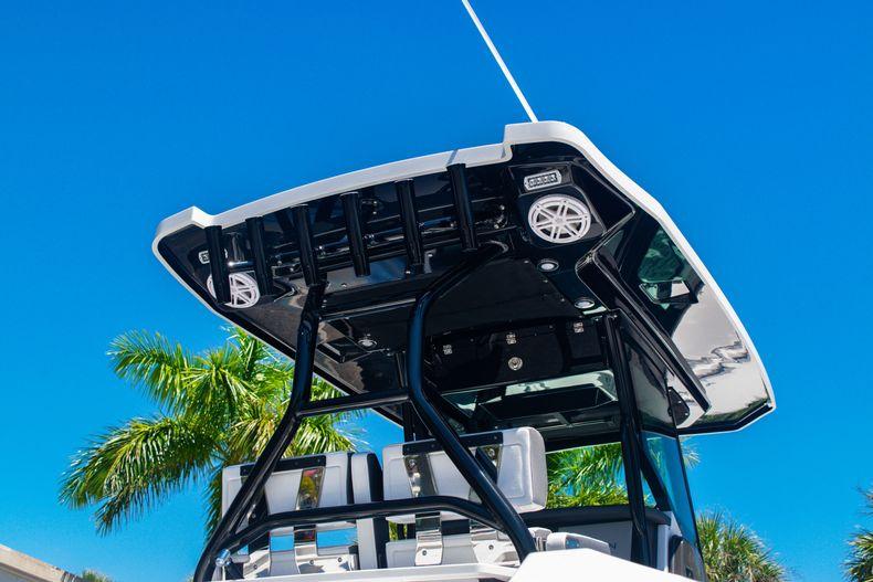 Image 8 for 2020 Blackfin 272CC in West Palm Beach, FL