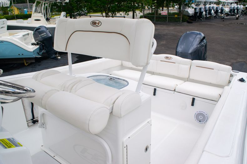 Thumbnail 33 for Used 2018 Sea Hunt Ultra 234 boat for sale in West Palm Beach, FL