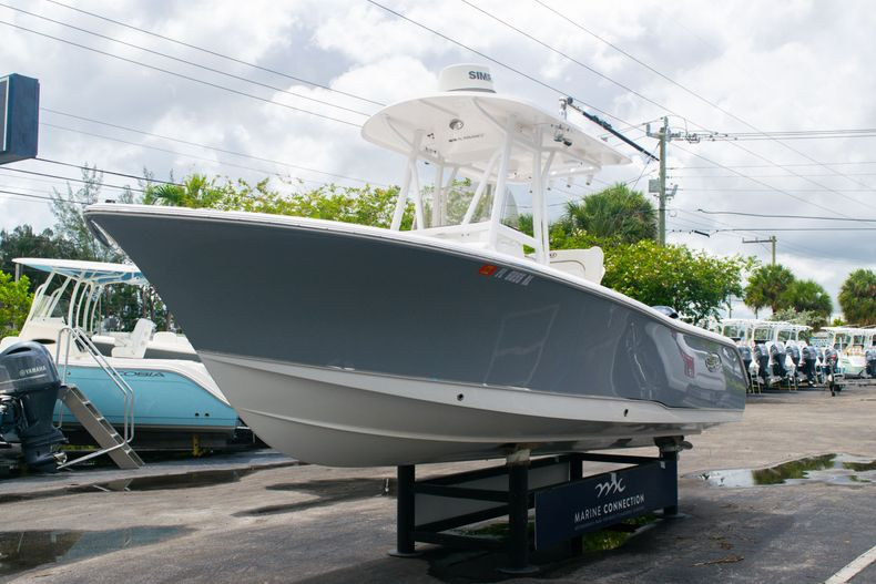 Thumbnail 3 for Used 2018 Sea Hunt Ultra 234 boat for sale in West Palm Beach, FL