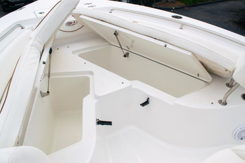Thumbnail 37 for Used 2018 Sea Hunt Ultra 234 boat for sale in West Palm Beach, FL