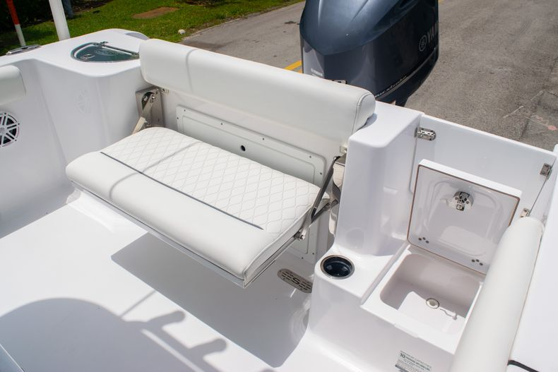 Thumbnail 9 for New 2020 Sportsman Open 232 Center Console boat for sale in Fort Lauderdale, FL