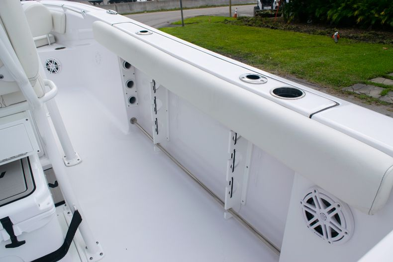 Thumbnail 15 for New 2020 Sportsman Open 232 Center Console boat for sale in Fort Lauderdale, FL