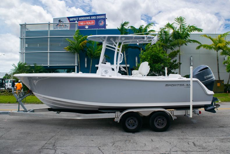 Thumbnail 3 for New 2020 Sportsman Open 232 Center Console boat for sale in Fort Lauderdale, FL