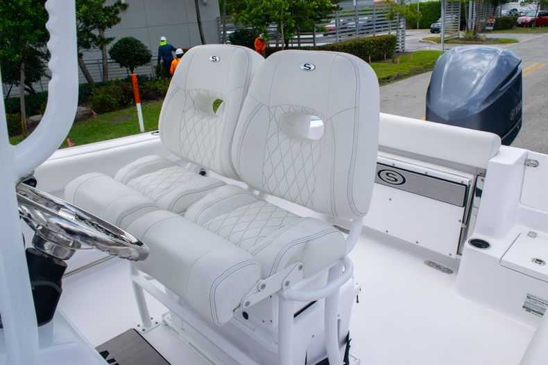 Thumbnail 18 for New 2020 Sportsman Open 232 Center Console boat for sale in Fort Lauderdale, FL