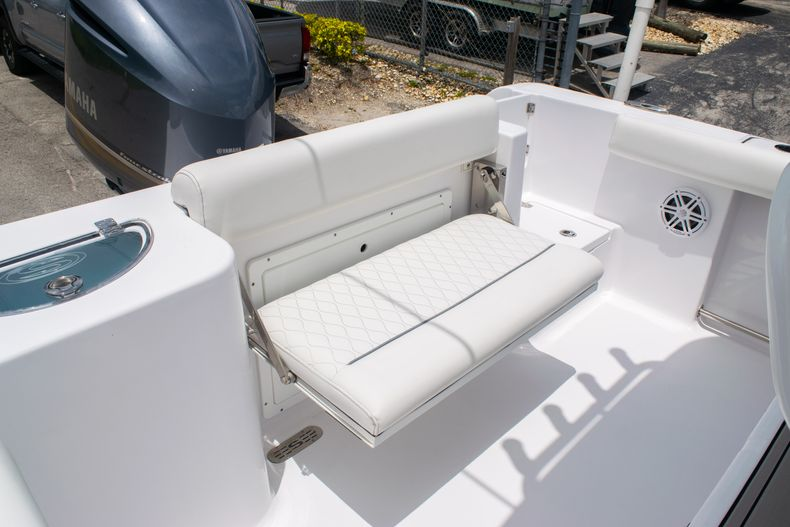 Thumbnail 12 for New 2020 Sportsman Open 232 Center Console boat for sale in Fort Lauderdale, FL