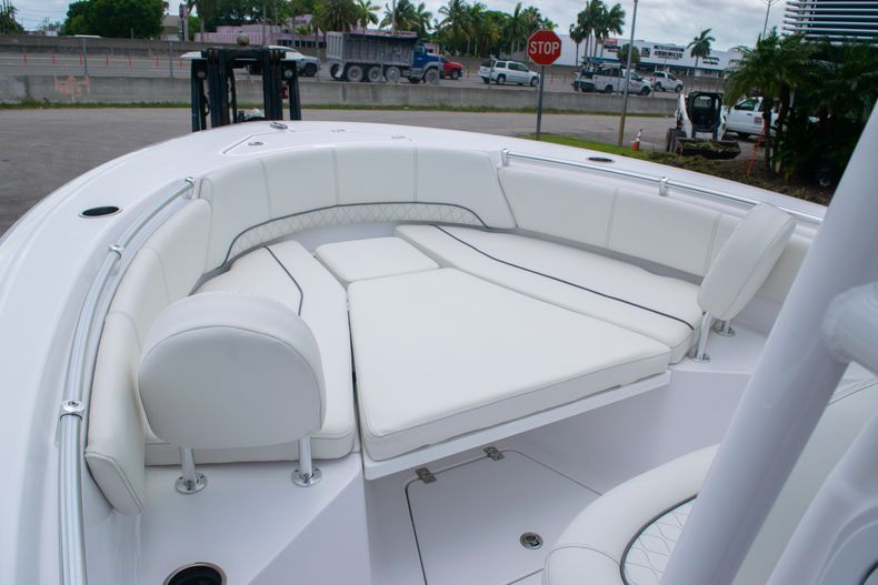 Thumbnail 31 for New 2020 Sportsman Open 232 Center Console boat for sale in Fort Lauderdale, FL