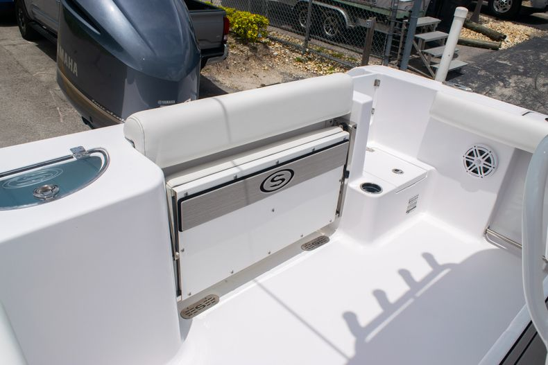 Thumbnail 13 for New 2020 Sportsman Open 232 Center Console boat for sale in Fort Lauderdale, FL