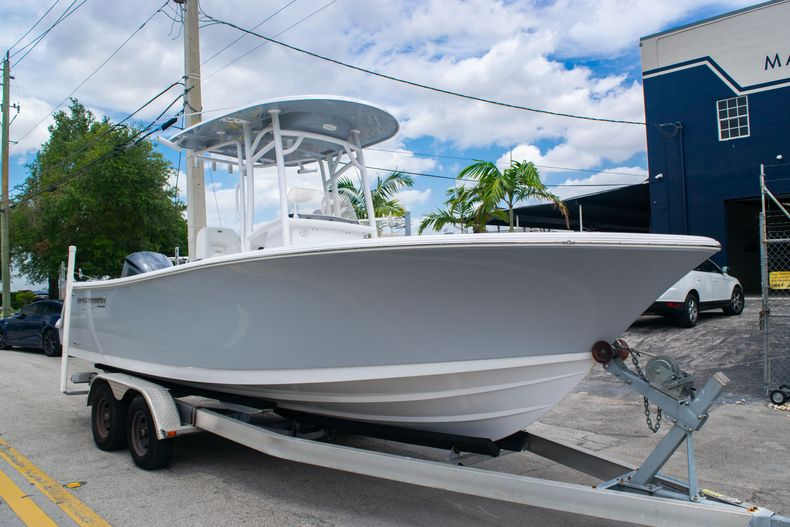 Thumbnail 1 for New 2020 Sportsman Open 232 Center Console boat for sale in Fort Lauderdale, FL