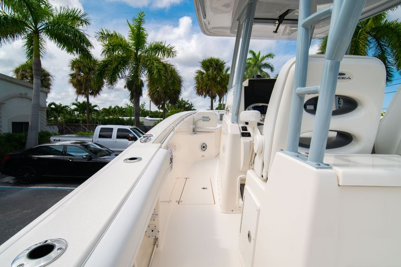 Thumbnail 24 for New 2020 Cobia 301 CC boat for sale in West Palm Beach, FL