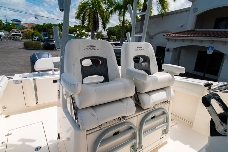 Thumbnail 35 for New 2020 Cobia 301 CC boat for sale in West Palm Beach, FL