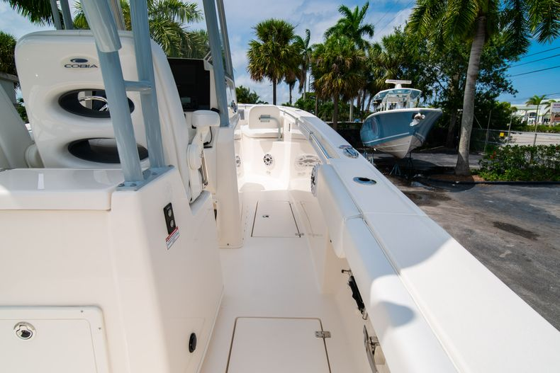 Thumbnail 17 for New 2020 Cobia 301 CC boat for sale in West Palm Beach, FL