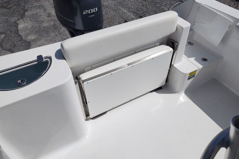 Thumbnail 4 for Used 2015 Sportsman Open 232 Center Console boat for sale in Islamorada, FL