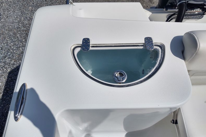 Thumbnail 3 for Used 2015 Sportsman Open 232 Center Console boat for sale in Islamorada, FL