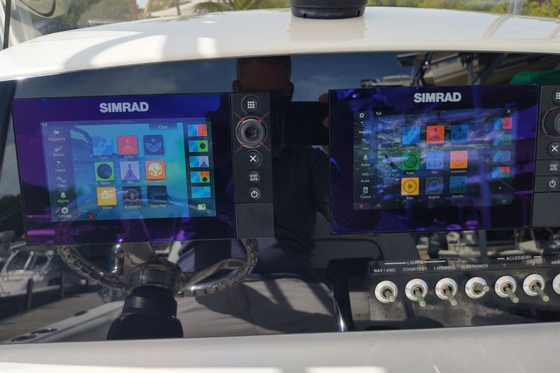 Thumbnail 8 for Used 2015 Sportsman Open 232 Center Console boat for sale in Islamorada, FL