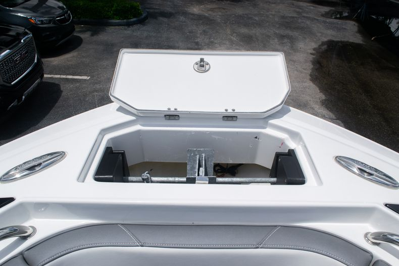 Thumbnail 44 for Used 2018 Blackfin 212CC Center Console boat for sale in West Palm Beach, FL