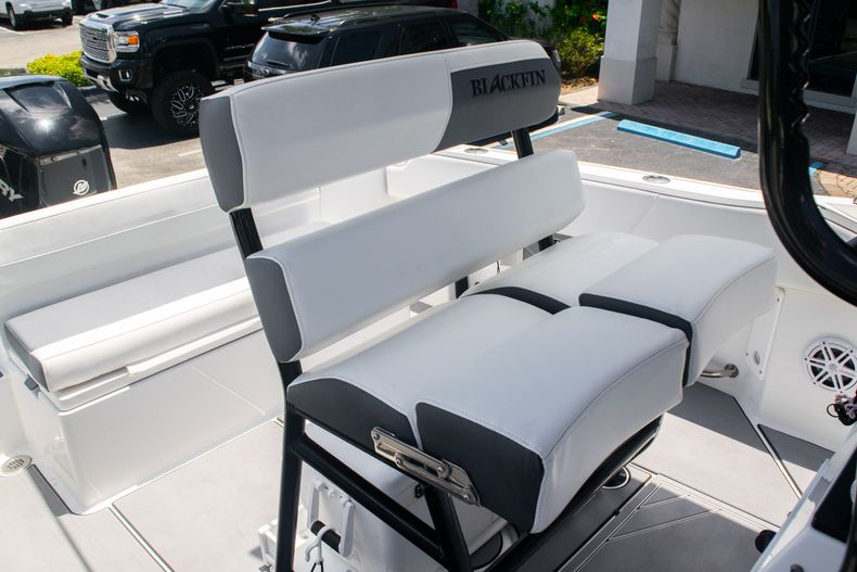 Thumbnail 20 for Used 2018 Blackfin 212CC Center Console boat for sale in West Palm Beach, FL