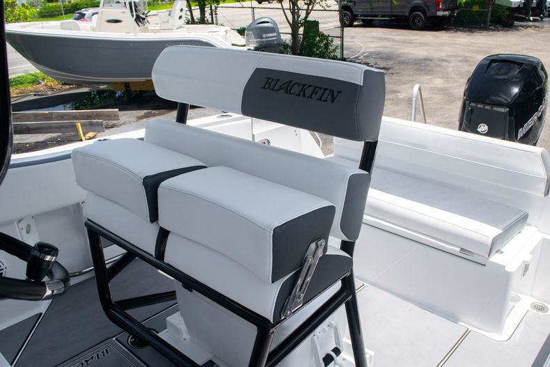 Thumbnail 29 for Used 2018 Blackfin 212CC Center Console boat for sale in West Palm Beach, FL