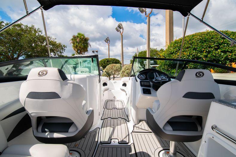 Thumbnail 6 for New 2020 Hurricane SD 2400 OB boat for sale in Vero Beach, FL