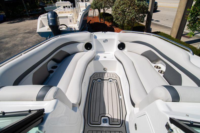 Thumbnail 26 for New 2020 Hurricane SD 2400 OB boat for sale in Vero Beach, FL