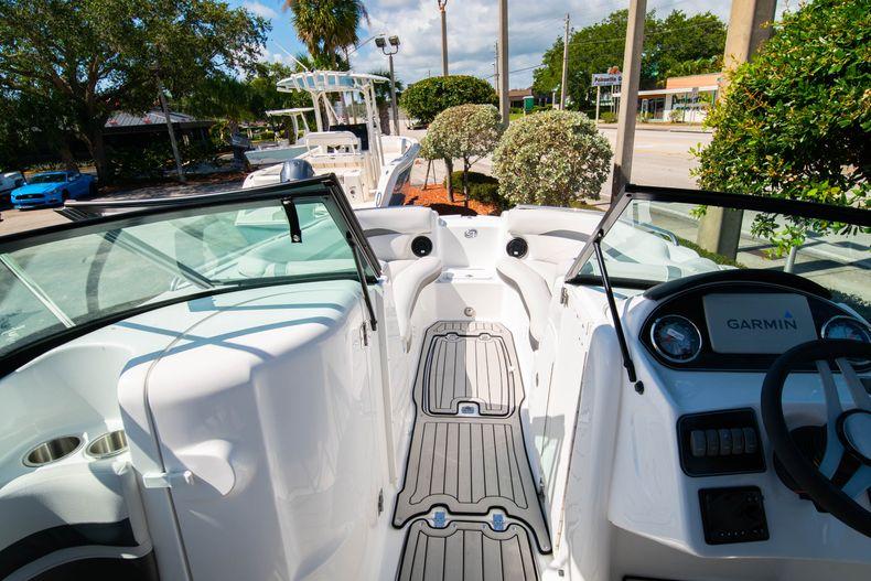 Thumbnail 22 for New 2020 Hurricane SD 2400 OB boat for sale in Vero Beach, FL