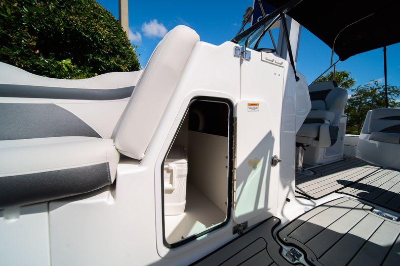 Thumbnail 25 for New 2020 Hurricane SD 2400 OB boat for sale in Vero Beach, FL