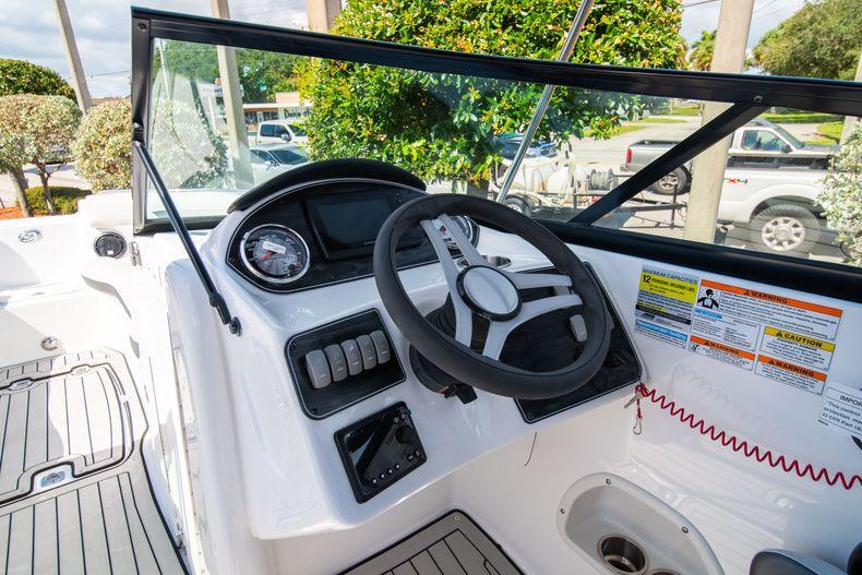 Thumbnail 10 for New 2020 Hurricane SD 2400 OB boat for sale in Vero Beach, FL