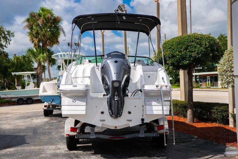 Thumbnail 4 for New 2020 Hurricane SD 2400 OB boat for sale in Vero Beach, FL