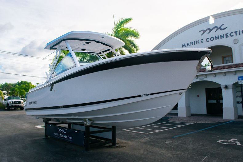 Thumbnail 1 for New 2020 Blackfin 242DC boat for sale in Fort Lauderdale, FL