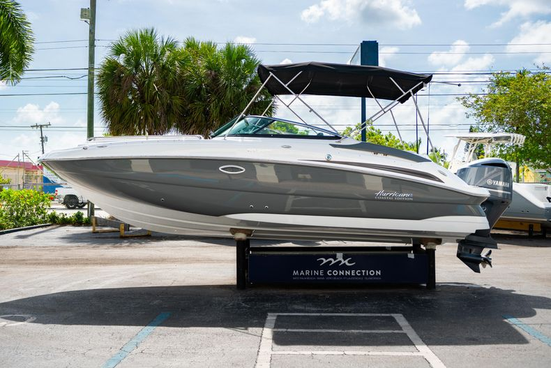 Thumbnail 4 for New 2020 Hurricane SD 2400 OB boat for sale in West Palm Beach, FL