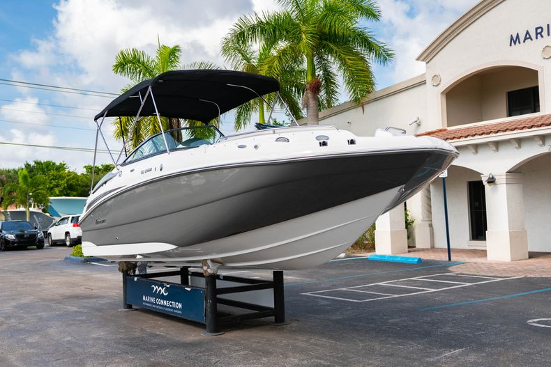 Thumbnail 1 for New 2020 Hurricane SD 2400 OB boat for sale in West Palm Beach, FL