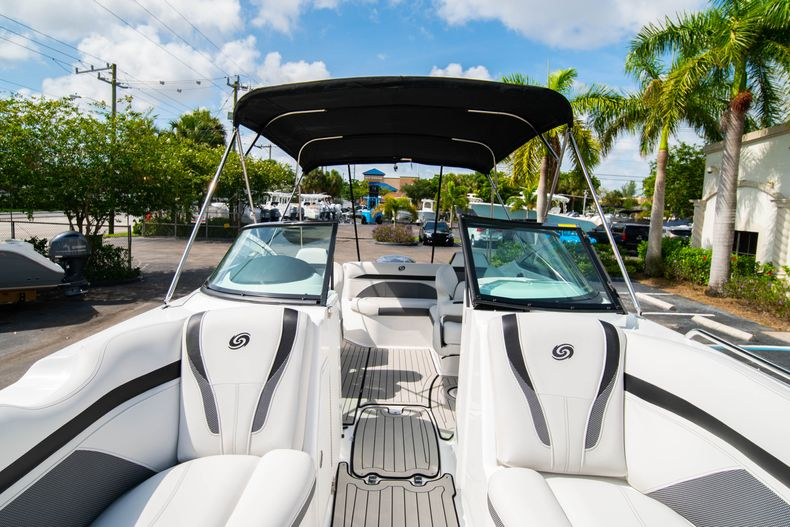 Thumbnail 28 for New 2020 Hurricane SD 2400 OB boat for sale in West Palm Beach, FL