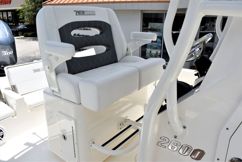 Thumbnail 21 for New 2020 Pathfinder 2600 TRS boat for sale in Fort Lauderdale, FL