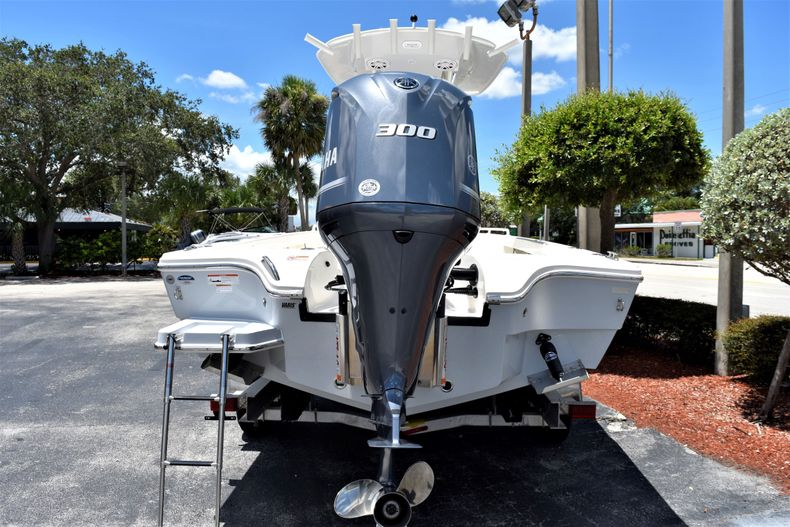 Thumbnail 5 for New 2020 Pathfinder 2600 TRS boat for sale in Vero Beach, FL