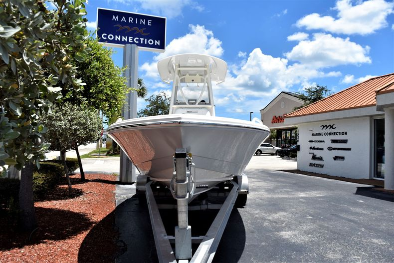 Thumbnail 2 for New 2020 Pathfinder 2600 TRS boat for sale in Fort Lauderdale, FL
