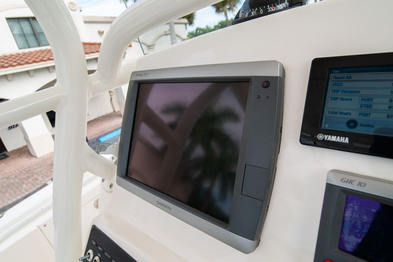 Thumbnail 37 for Used 2012 Edgewater 318CC Center Console boat for sale in West Palm Beach, FL