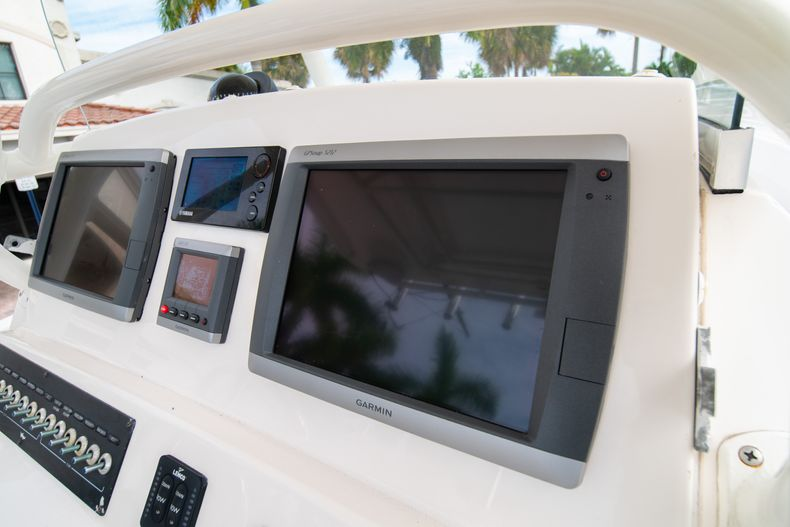 Thumbnail 34 for Used 2012 Edgewater 318CC Center Console boat for sale in West Palm Beach, FL