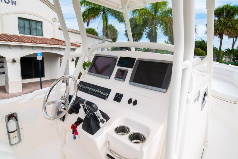 Thumbnail 33 for Used 2012 Edgewater 318CC Center Console boat for sale in West Palm Beach, FL