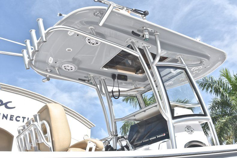 Thumbnail 10 for New 2019 Sportsman Open 252 Center Console boat for sale in West Palm Beach, FL