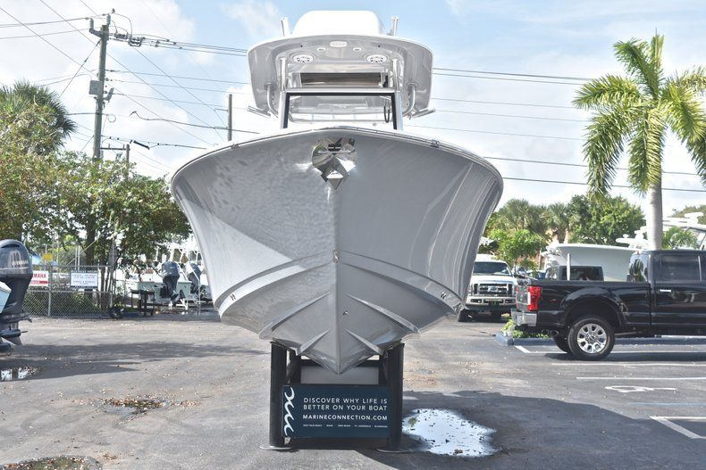 Thumbnail 2 for New 2019 Sportsman Open 252 Center Console boat for sale in West Palm Beach, FL