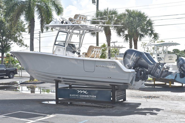 Thumbnail 6 for New 2019 Sportsman Open 252 Center Console boat for sale in West Palm Beach, FL