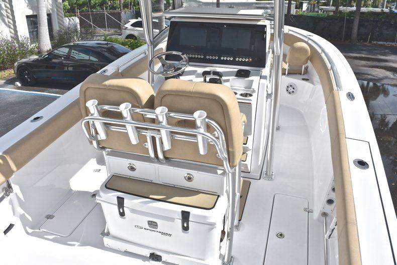 Thumbnail 11 for New 2019 Sportsman Open 252 Center Console boat for sale in West Palm Beach, FL